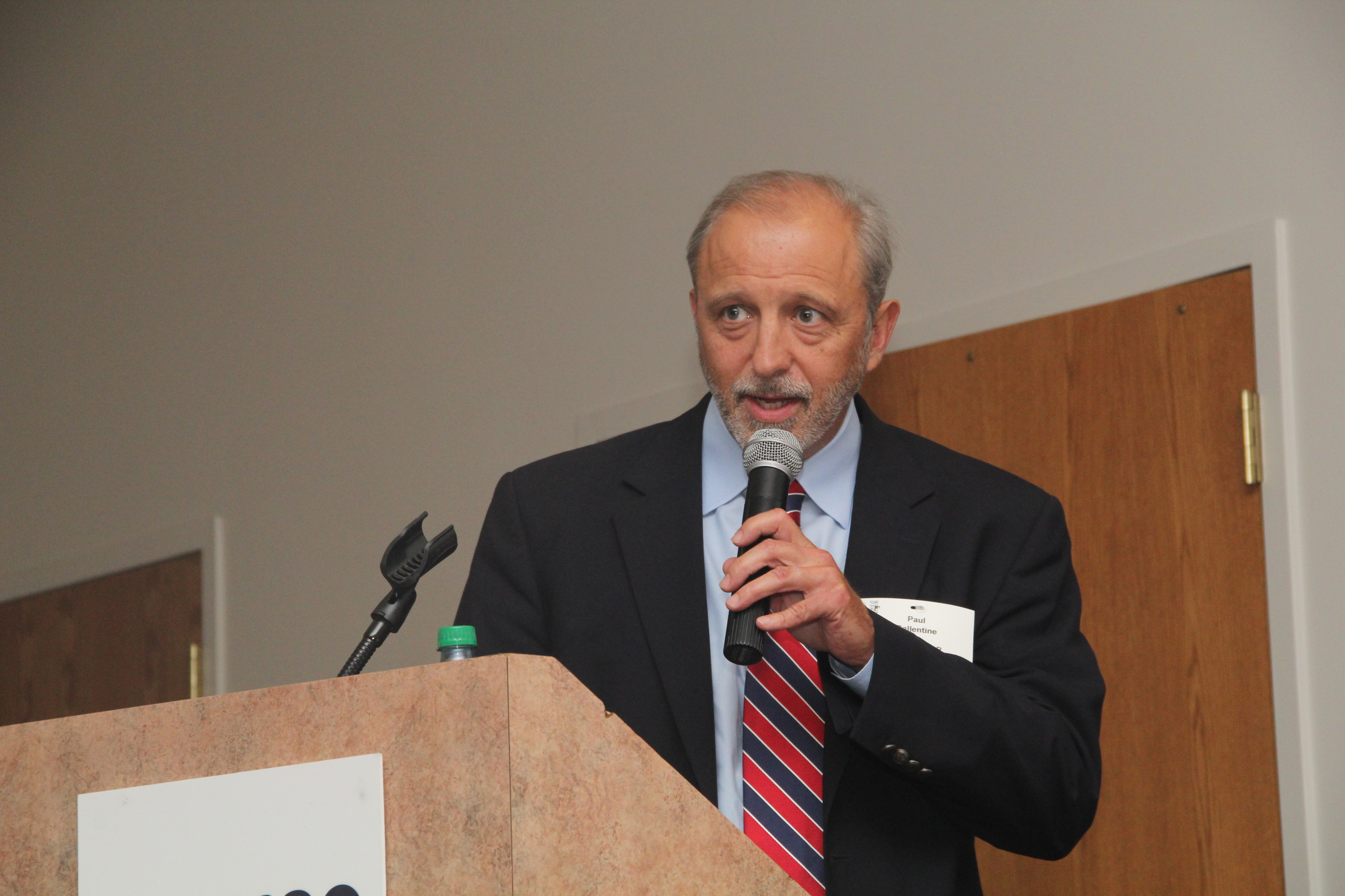 """""""Rochester is now leading a national effort,"""" U of R CEIS Deputy Director Dr. Paul Ballentine told the crowd"""